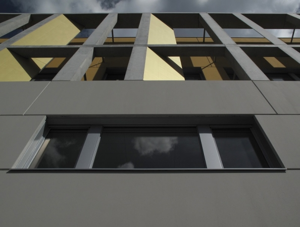 http://www.faces-architectes.net/files/gimgs/th-62_Detail façade ouest.jpg